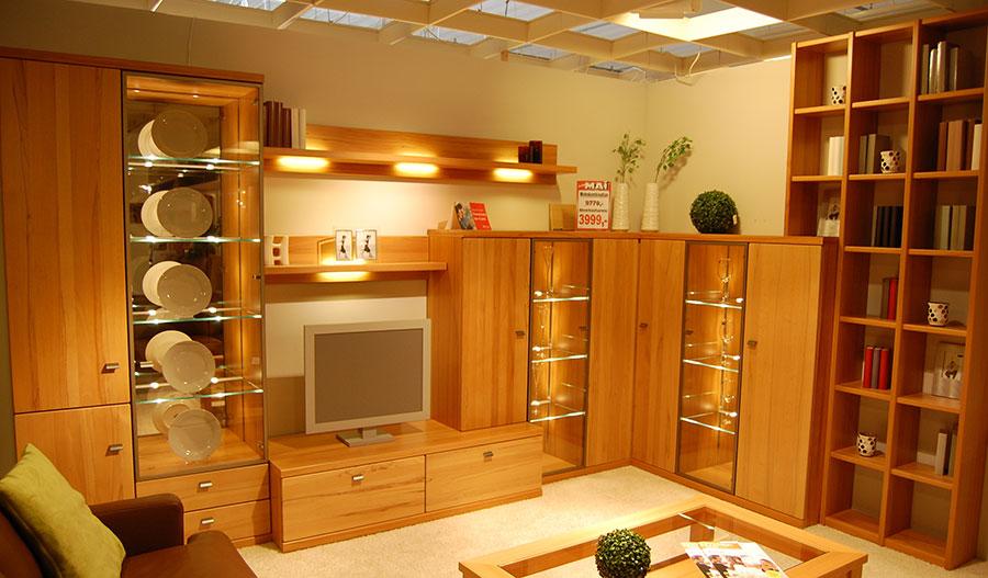 wohnen abverkauf m bel mai. Black Bedroom Furniture Sets. Home Design Ideas